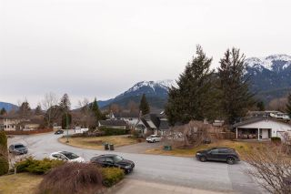 "Photo 40: 41362 DRYDEN Road in Squamish: Brackendale House for sale in ""BRACKENDALE"" : MLS®# R2539818"