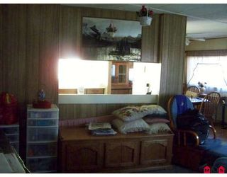 """Photo 3: 93 1884 MCCALLUM Road in ABBOTSFORD: Central Abbotsford Manufactured Home for sale in """"GARDEN VILLAGE"""" (Abbotsford)  : MLS®# F2908962"""
