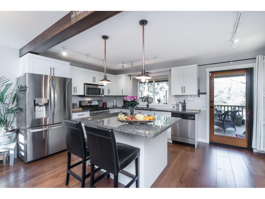 Photo 7: Photos: 1873 BLACKBERRY Lane: Lindell Beach House for sale (Cultus Lake)  : MLS®# R2437543
