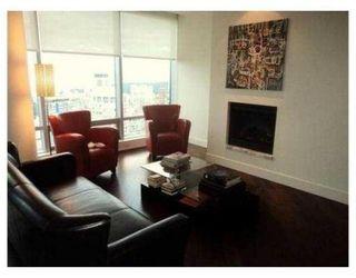 Photo 3: # 3801 1111 ALBERNI ST in Vancouver: Condo for sale : MLS®# V853191