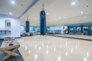 """Photo 12: 1705 969 RICHARDS Street in Vancouver: Downtown VW Condo for sale in """"Mondrian II"""" (Vancouver West)  : MLS®# R2344228"""