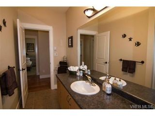 Photo 18: 124 Gibraltar Bay Dr in VICTORIA: VR View Royal House for sale (View Royal)  : MLS®# 678078