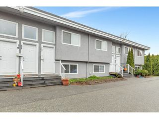 """Main Photo: 11 33900 MAYFAIR Avenue in Abbotsford: Central Abbotsford Townhouse for sale in """"Mayfair Gardens"""" : MLS®# R2562424"""