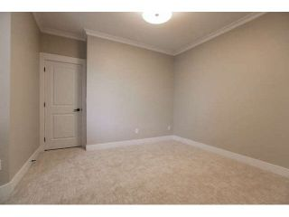 """Photo 14: 33 2688 150 Street in Surrey: Sunnyside Park Surrey Townhouse for sale in """"Westmoor"""" (South Surrey White Rock)  : MLS®# F1449196"""