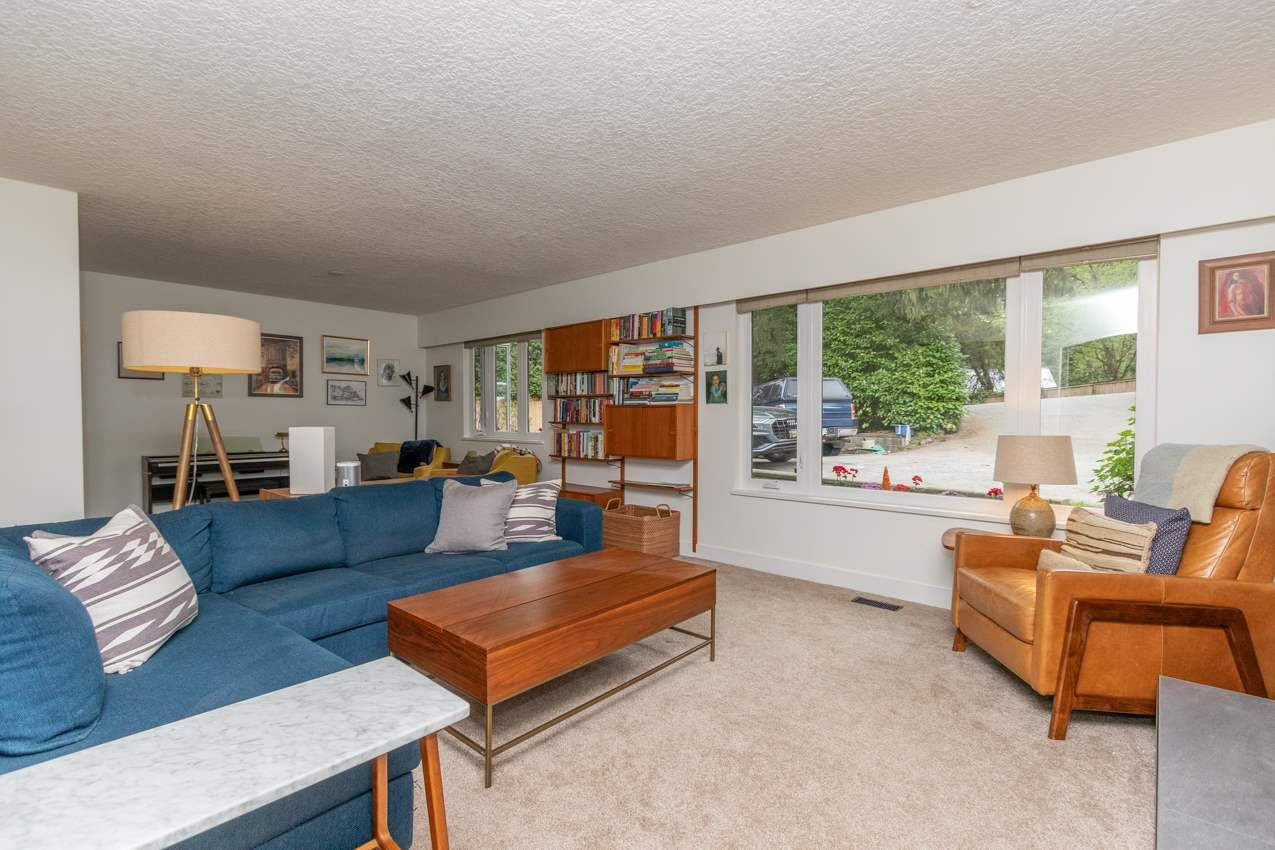 Photo 12: Photos: 1314 MOUNTAIN Highway in North Vancouver: Westlynn House for sale : MLS®# R2572041