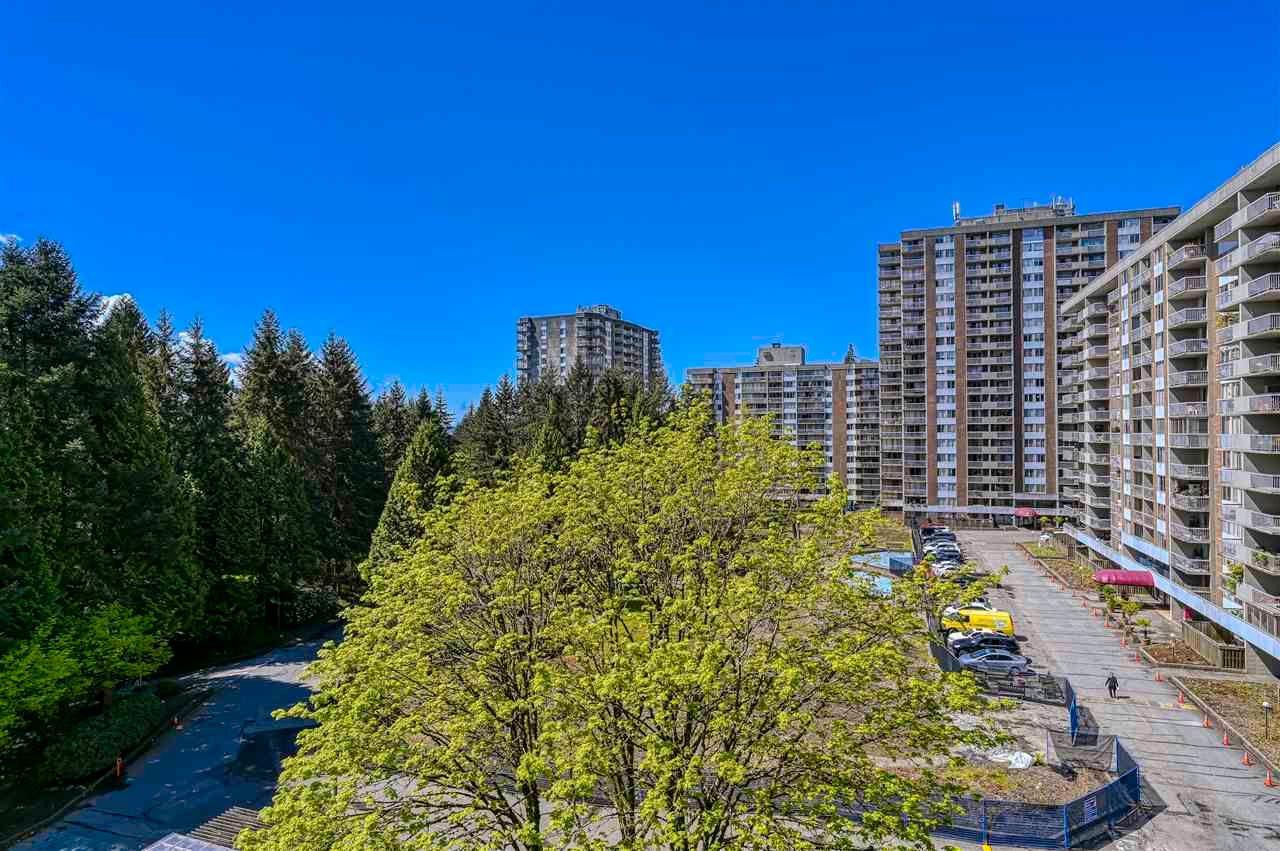 Main Photo: 709 2008 FULLERTON AVENUE in North Vancouver: Pemberton NV Condo for sale : MLS®# R2577172