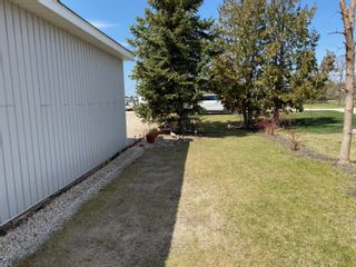 Photo 39: 16 King Crescent in Portage la Prairie RM: House for sale : MLS®# 202112003
