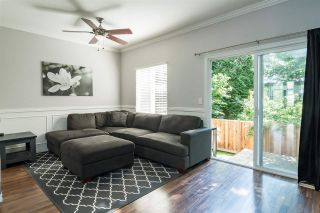 """Photo 3: 12 6588 188 Street in Surrey: Cloverdale BC Townhouse for sale in """"Hillcrest Place"""" (Cloverdale)  : MLS®# R2375051"""