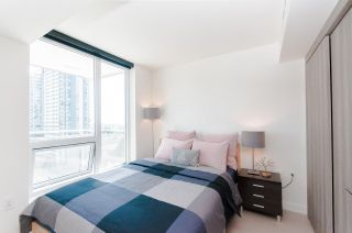 """Photo 2: 1802 455 SW MARINE Drive in Vancouver: Marpole Condo for sale in """"W1"""" (Vancouver West)  : MLS®# R2382915"""