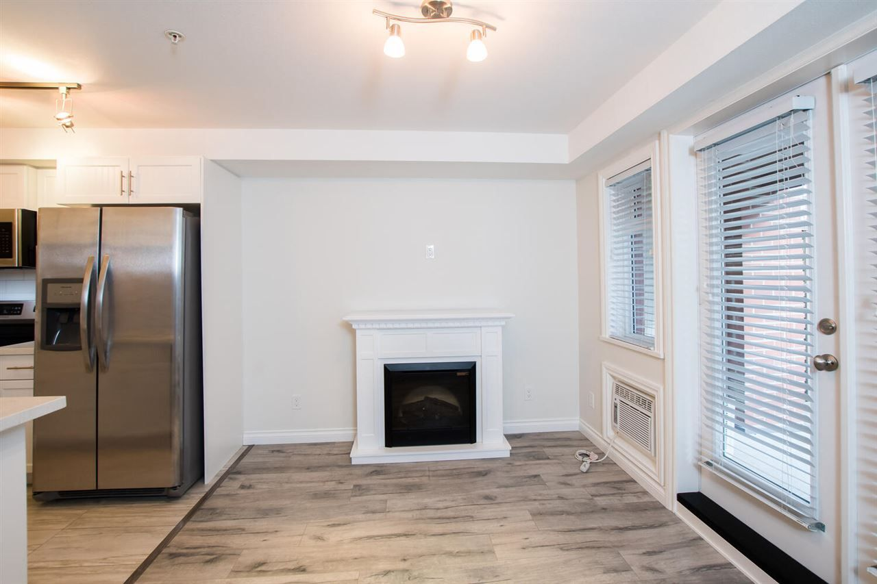 """Photo 6: Photos: 109 5650 201A Street in Langley: Langley City Condo for sale in """"PADDINGTON STATION"""" : MLS®# R2549015"""