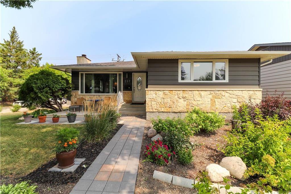 Main Photo: 237 Knowles Avenue in Winnipeg: North Kildonan Residential for sale (3G)  : MLS®# 202119694