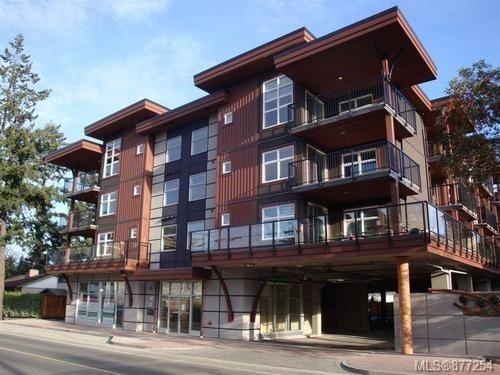 Main Photo: 306 2717 Peatt Rd in : La Langford Proper Condo for sale (Langford)  : MLS®# 877254