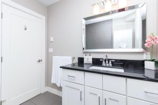 Photo 17: 555 Kenneth St in : SW Glanford House for sale (Saanich West)  : MLS®# 872541