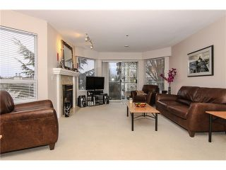 """Photo 4: 207 5419 201A Street in Langley: Langley City Condo for sale in """"Vista Gardens"""" : MLS®# F1401974"""