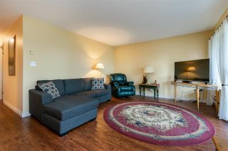 Photo 3: 315 33090 GEORGE FERGUSON Way: Condo for sale in Abbotsford: MLS®# R2526126