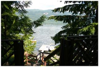 Photo 10: 3 Aline Hill Beach in Shuswap Lake: The Narrows House for sale : MLS®# 10152873