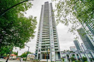 """Photo 2: 3808 13750 100 Avenue in Surrey: Whalley Condo for sale in """"PARK AVE EAST"""" (North Surrey)  : MLS®# R2589821"""