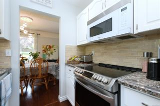 Photo 8: 3340 Mary Anne Cres in : Co Triangle House for sale (Colwood)  : MLS®# 876484