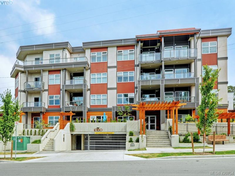 FEATURED LISTING: 403 - 1000 Inverness Rd VICTORIA