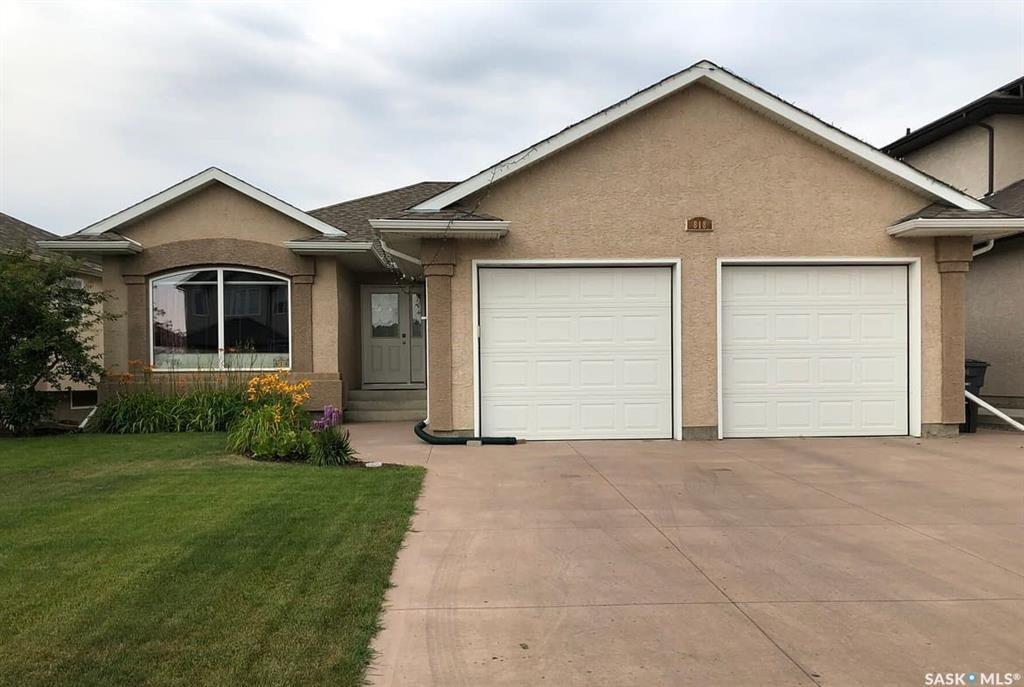 Main Photo: 818 Denham Crescent in Saskatoon: Hampton Village Residential for sale : MLS®# SK870822