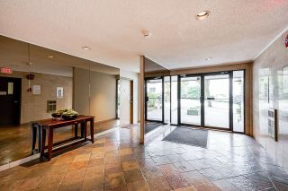 """Photo 4: 207 1345 COMOX Street in Vancouver: West End VW Condo for sale in """"TIFFANY COURT"""" (Vancouver West)  : MLS®# R2552036"""