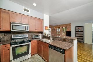 Photo 5: EAST SAN DIEGO Townhouse for sale : 3 bedrooms : 5435 Soho View Ter in San Diego
