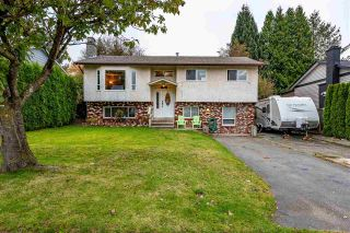 Photo 1: 26447 28B Avenue in Langley: Aldergrove Langley House for sale : MLS®# R2512765