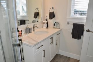 Photo 16: 101 2485 Idiens Way in : CV Courtenay East Row/Townhouse for sale (Comox Valley)  : MLS®# 866119