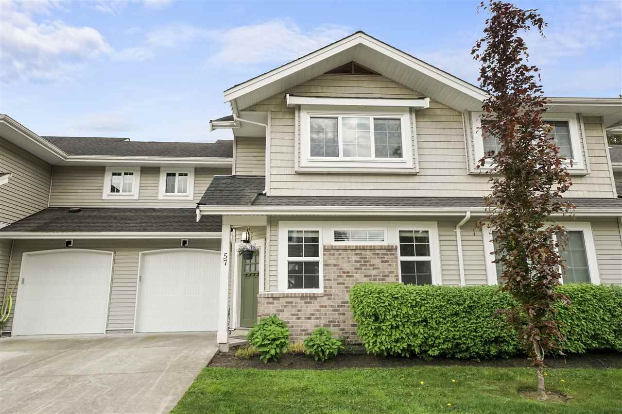 """Main Photo: 57 12161 237 Street in Maple Ridge: East Central Townhouse for sale in """"Village Green"""" : MLS®# R2454363"""