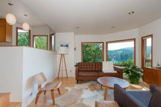 Photo 11: 4765 COVE CLIFF Road in North Vancouver: Deep Cove House for sale : MLS®# R2532923