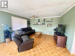 Photo 2: 39  Rydberg in Hughenden: House for sale : MLS®# A1103039