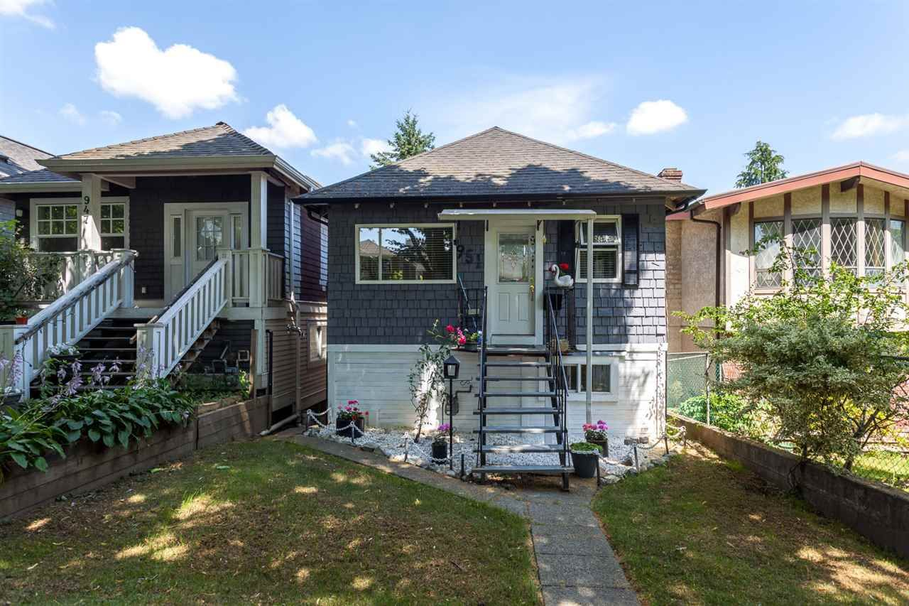 """Main Photo: 951 E 17TH Avenue in Vancouver: Fraser VE House for sale in """"CEDAR COTTAGE"""" (Vancouver East)  : MLS®# R2205343"""