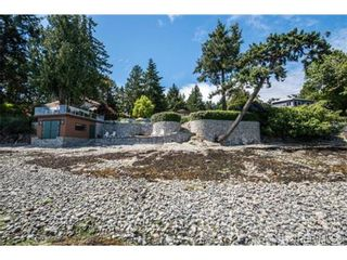 Photo 19: 8381 Lochside Dr in SAANICHTON: CS Turgoose House for sale (Central Saanich)  : MLS®# 733572