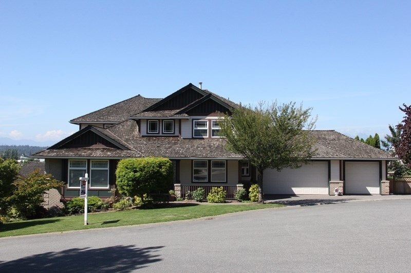 """Main Photo: 21673 47A Avenue in Langley: Murrayville House for sale in """"Murrayville"""" : MLS®# R2086509"""