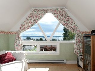 Photo 2: 2479 OTTAWA Ave in West Vancouver: Home for sale : MLS®# V985921