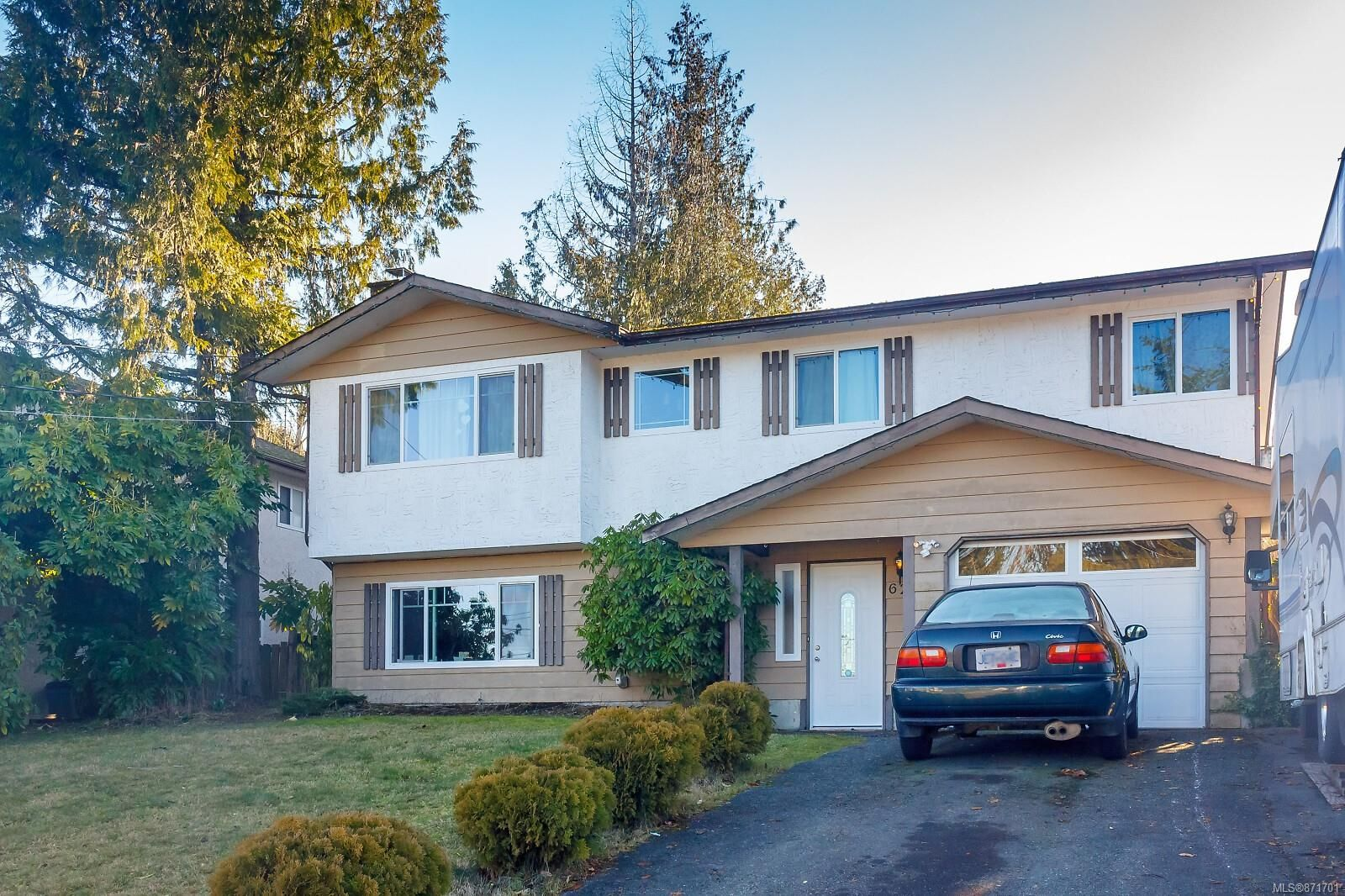 Main Photo: 625 Walkem Rd in : Du Ladysmith House for sale (Duncan)  : MLS®# 871701