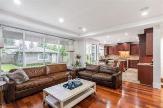 """Photo 5: 1139 W 21ST Street in North Vancouver: Pemberton Heights House for sale in """"Pemberton Heights"""" : MLS®# R2585029"""