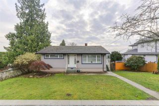 Photo 1: 942 STEWART Avenue in Coquitlam: Maillardville House for sale : MLS®# R2423899
