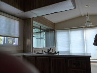 """Photo 23: 29 2120 KING GEORGE Boulevard in Surrey: King George Corridor Manufactured Home for sale in """"Five Oaks Park"""" (South Surrey White Rock)  : MLS®# R2485760"""