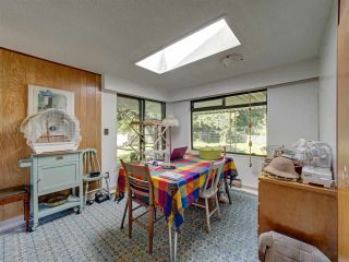 Photo 10: 5761 MCLAUGHAN Road in Sechelt: Sechelt District House for sale (Sunshine Coast)  : MLS®# R2479077