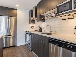 Photo 7: 313 719 W 3RD STREET in North Vancouver: Harbourside Condo for sale : MLS®# R2580285