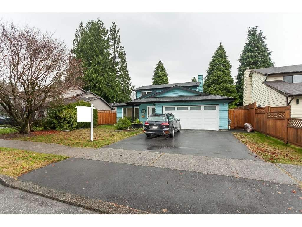 """Main Photo: 1036 LOMBARDY Drive in Port Coquitlam: Lincoln Park PQ House for sale in """"Lincoln Park"""" : MLS®# R2533102"""