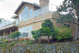 Photo 5: 801 6880 Wallace Dr in BRENTWOOD BAY: CS Brentwood Bay Row/Townhouse for sale (Central Saanich)  : MLS®# 841142