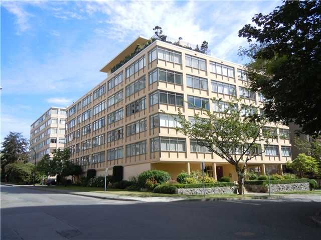 """Main Photo: 411 1975 PENDRELL Street in Vancouver: Downtown VW Condo for sale in """"PARKWOOD MANOR"""" (Vancouver West)  : MLS®# V848532"""
