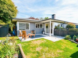 """Main Photo: 4486 HIGHLAND Boulevard in North Vancouver: Forest Hills NV House for sale in """"Forest Hills"""" : MLS®# R2626096"""
