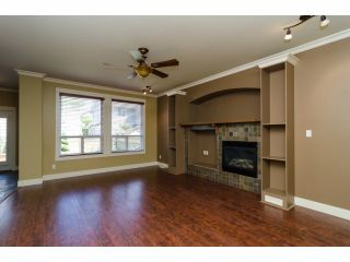 Photo 5: 6882 192A Street in Surrey: Clayton House for sale (Cloverdale)  : MLS®# F1412935