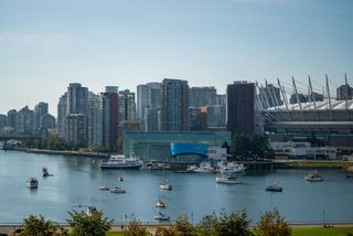 """Photo 5: 1105 1159 MAIN Street in Vancouver: Downtown VE Condo for sale in """"City Gate II"""" (Vancouver East)  : MLS®# R2419531"""