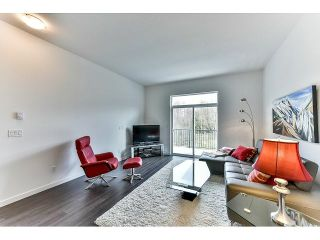 """Photo 3: 29 18681 68 Avenue in Surrey: Clayton Townhouse for sale in """"Creekside"""" (Cloverdale)  : MLS®# R2043550"""