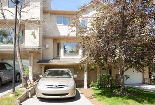 Photo 1: 114 Christie Park Mews SW in Calgary: Christie Park Row/Townhouse for sale : MLS®# C4306124