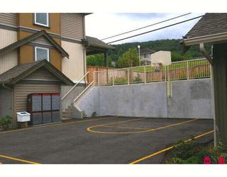 """Photo 5: 14 5623 TESKEY Way in Sardis: Promontory Townhouse for sale in """"WISTERIA HEIGHTS"""" : MLS®# H2902505"""